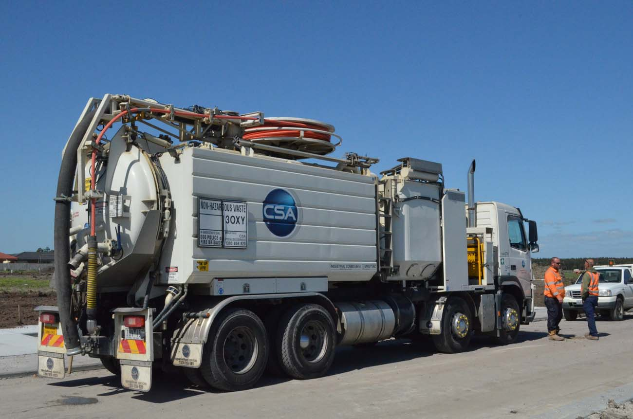 Combination Truck for Vacuum Loading